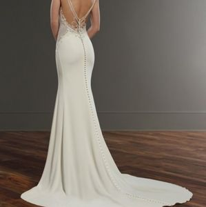 Martina Liana Elegant Vintage Wedding Gown #875